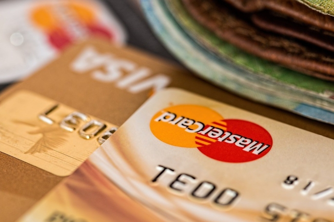 Personal Credit Card Management